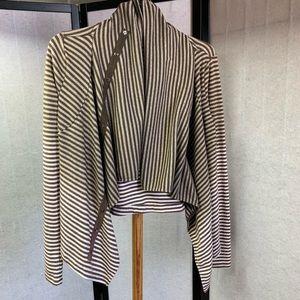 Sweaters - Multi style soft wrap